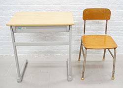 学校机・椅子(6セット有り) ※要事前予約